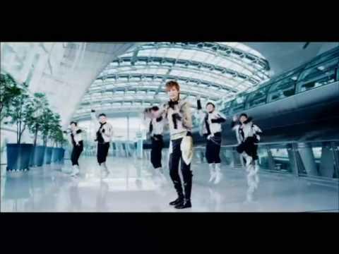 WHY ME MV - CHRIS LEE  李宇春  (LI YU CHUN )