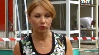 В центре Саратова сегодня демонтировали пивной магазин(, 2015-07-01T16:11:16.000Z)