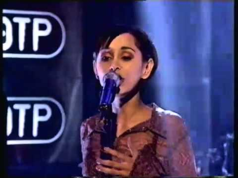 Echobelly  King of The Kerb  Top of The Pops  Number 25  1995