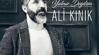 Ali Kınık - Yalnız Değilsin ( Akustik )