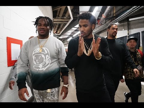 Chris Brown & Trey Songz bring Tee Grizzley out to perform in Detroit.
