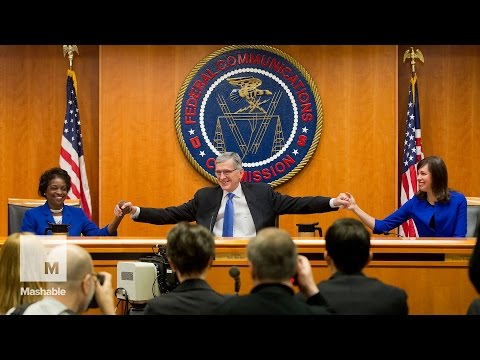 The moment the FCC passed the new net neutrality rules | Mashable