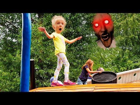 ИГРЫ с GRANNY  в Парке ГОРЬКОГО Даня увидел ГРЕННИ Аттракционы для детей