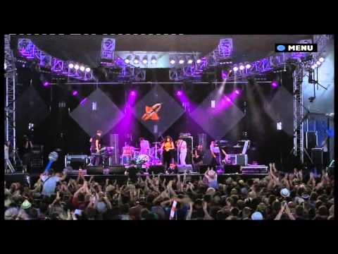 Marina And The Diamonds - Glastonbury 2010 Entire Set HD 9 Songs