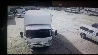 Watch Armed Robbery at Port Elizabeth Cash & Carry Wholesalers.
