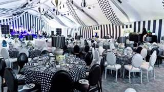 Black and white party decor ideas