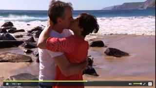 Tichi y Manuel en la playa II
