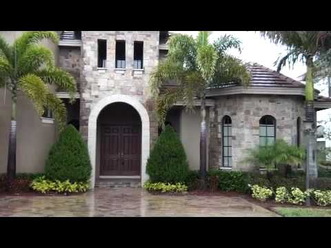 Luxury Bank Owned Home in Wellington Florida - Versailles