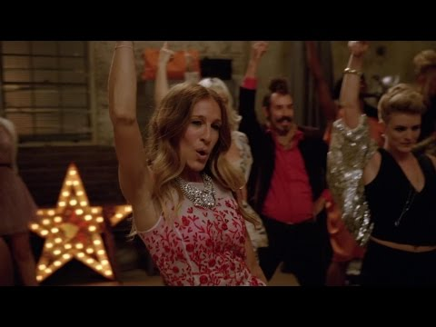 Glee - Let's Have a Kiki / Turkey Lurkey Time (Official Video)