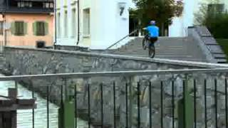 Классные трюки на горном велосипеде(Ух..., 2012-03-25T10:08:01.000Z)