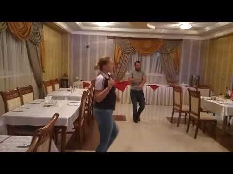 Ануш отель Джермук курорт день рождения русской туристки)