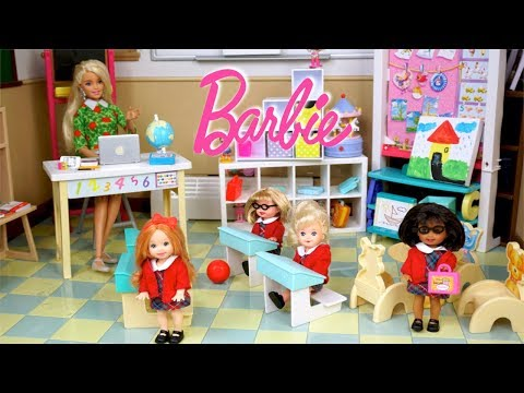 Barbie is a Teacher! Full School Day Routine! Playground Recess! with Elsa Anna Toddlers