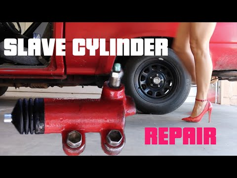 HOW TO FIX A TRANSMISSION CLUTCH SLAVE CYLINDER ON A 1990 TOYOTA PICKUP