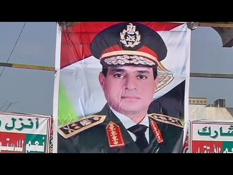 Egypt: army chief Sisi indicates he will run for president
