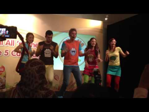Five food group song with hi-5