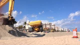 Big Yellow Trucks on the Beach Day 2
