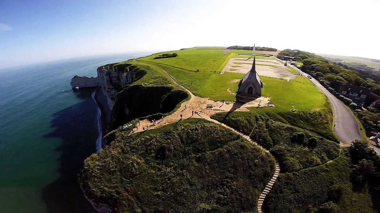falaise d 39 etretat vue du ciel dji phantom2 gopro 3 be youtube. Black Bedroom Furniture Sets. Home Design Ideas