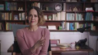 """GLASS """"Dr Ellie Staple"""" Behind The Scenes Sarah Paulson Interview"""