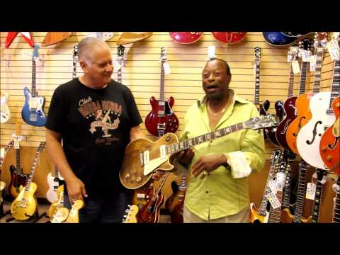 Charles Wright visits Norman's Rare Guitars