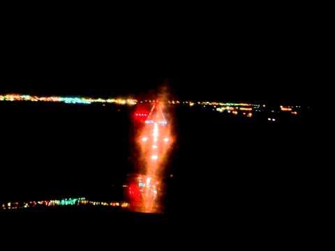 Barcelona ( Venezuela ) SVBC Aterrizaje nocturno..