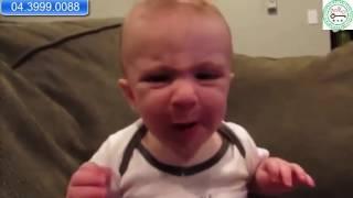 [Pax Key] Khoảnh khắc hài hước của em bé lần đầu ăn chanh - Góc hài hước