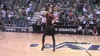 Lindsey Stirling- NBA Halftime show