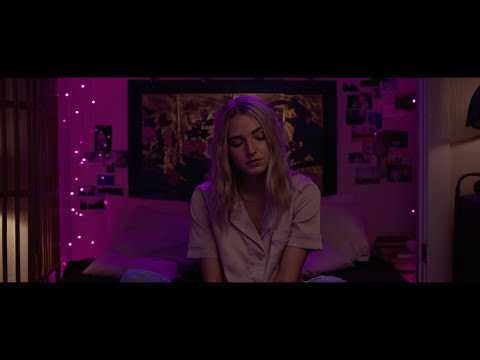 Смотреть клип Katelyn Tarver - Cynical
