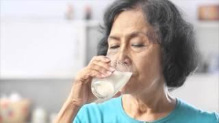 видео Чем полезно молоко?