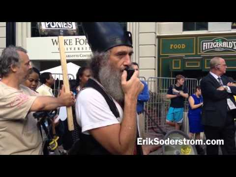 "Vermin Supreme at ""Checkpoint Obama"""