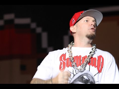 Limp Bizkit-Killing in The Name Live at Monsters of Rock 2013 Brazil HD 720p Official Pro Shot