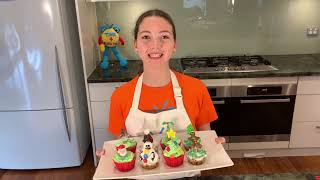 How to decorate cupcakes for Christmas | Cooking For Kids | Time 4 Kids TV