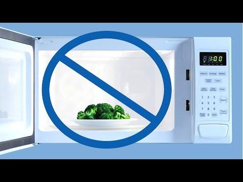 Diese 5 Lebensmittel Solltest Du Auf Keinen Fall In Die Mikrowelle Legen!