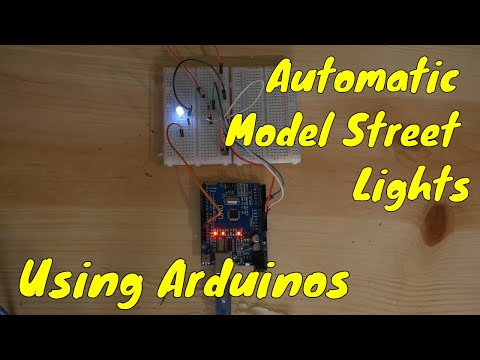 Model Railroad Automatic Street Lights with Arduinos