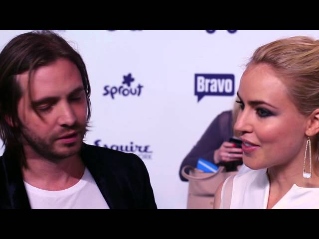 An Exclusive Interview with the stars of Syfy's '12 Monkeys' Amanda Schull and Aaron Stanford!
