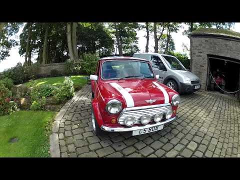 Classic MIni Cooper 1.3i For Sale