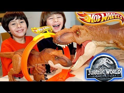 desafio-dani-y-evan-hot-wheels-t-rex-super-colosal-jurassic-world