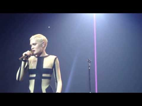 Jessie J – Speech and Nobodys perfect