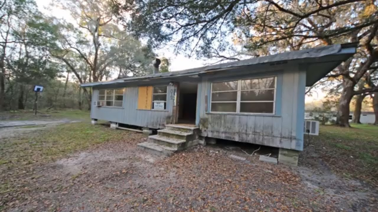First Look at an investment property in  Brooksville FL USA 2