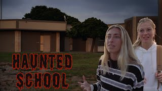 MEDIUM INVESTIGATES AN ABANDONED HAUNTED SCHOOL!! (WE GOT CHASED OUT) *SCARY*