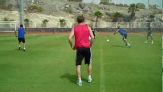 Great freestyle skills from Ben Hutchinson - TFP Pre Season Football Camp 2012