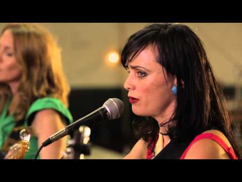 Red Molly - Sing To Me (Live @ Bristol Rhythm & Roots 2013)