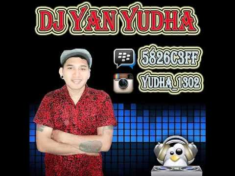 Four United PENIPU Cover TRACK _ DJ YAN YUDHA 5826C3FF