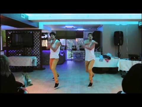 Мега крутой танец от братьев близнецов Сережи и Леши