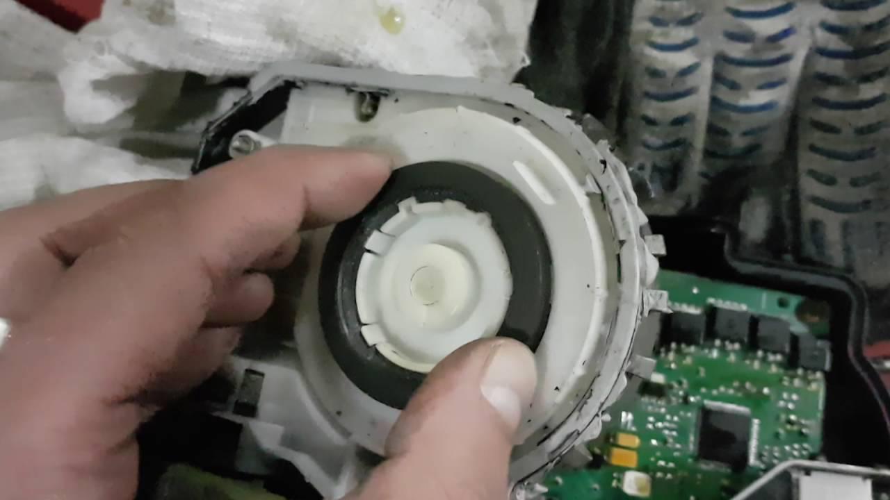 Ремонт моторчик стеклоочистителя mercedes Ремонт моторчика вентилятора радиатора бмв е70