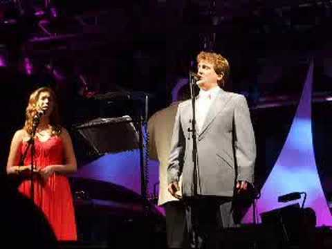 Aled Jones and Hayley Westenra sing Ave Maria