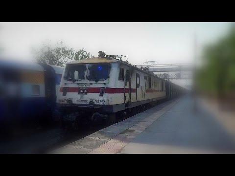 the-stunning-surprise-!-offlink-swaraj-honking-past-uoi