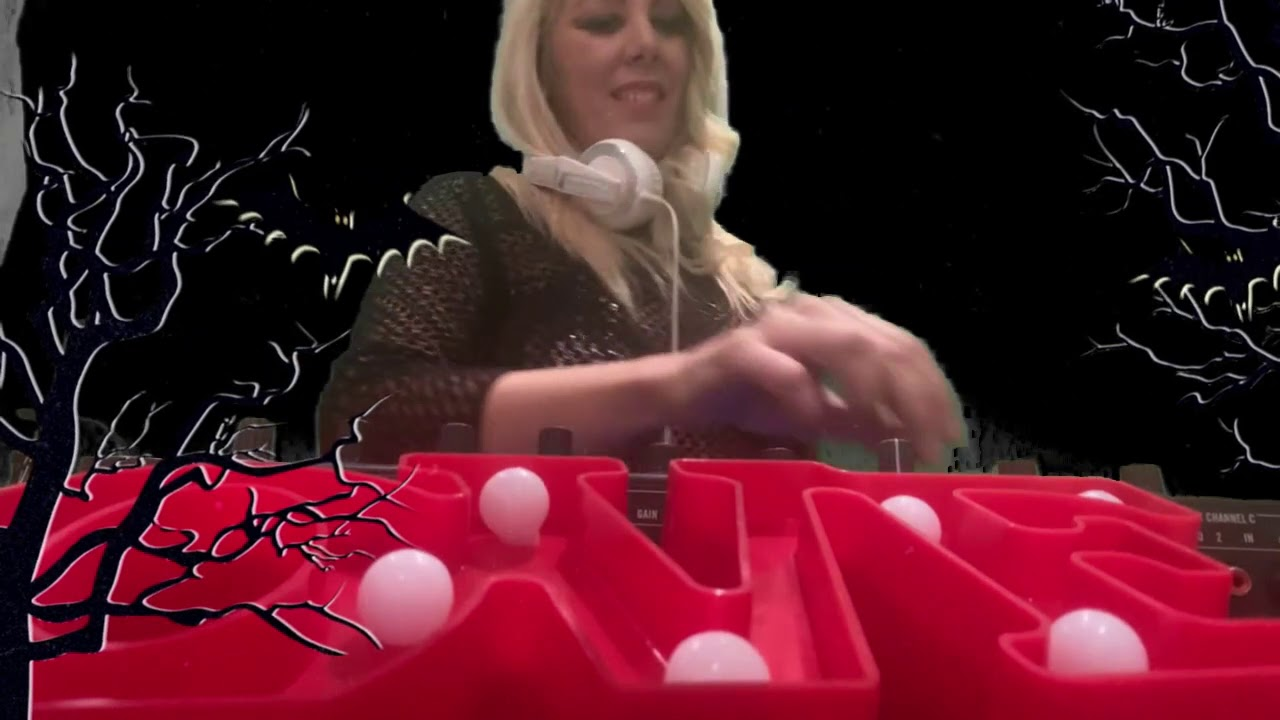 6.DJ SANDY LOVE -Spain -Culture Clubbing tv Halloween Home edition 2020 - 23.00