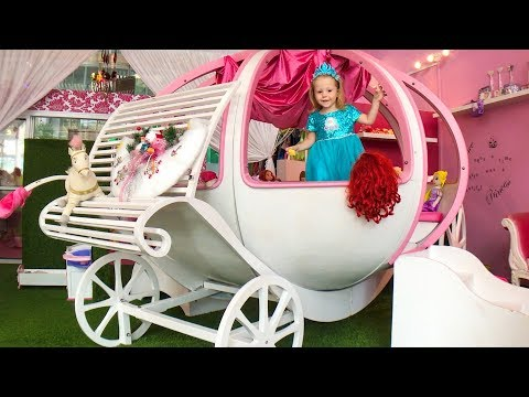 Funny Baby Frozen Elsa playing in the magic house Nursery Rhymes Songs for children by Funny Baby