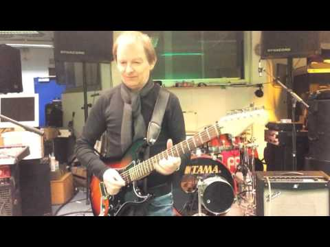 """Tommy Sauter  playes Fender Stratocaster HSH """"Song for Gary"""""""