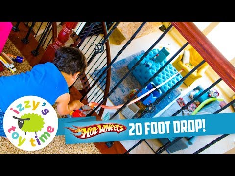Cars for Kids   HOT WHEELS 20 FOOT BALCONY DROP! Hot Wheels and Fast Lane Fun Toy Cars for Kids
